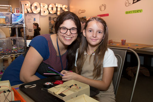 Alana Zussman Puts the World at the Fingertips of Young Students with Technology Education